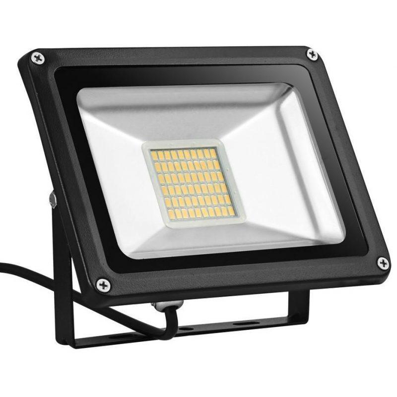 Foco Reflector LED Liper 50W Interior / Exterior IP65 220V - Luz Fria 1