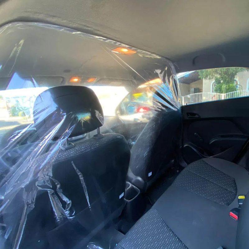 Cortina Mampara Sanitaria Protectora para Autos de PVC Transparente Habitaculo 2