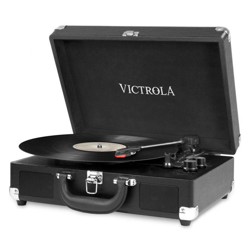 Victrola Tocadiscos Suitcase VSC-550BT-BLK Con Parlantes Entrada Aux Bluetooth Diseño Retro con Valija 1