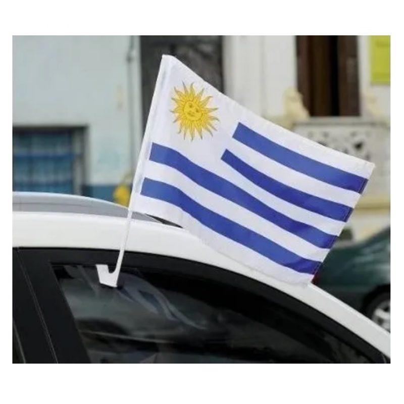 Bandera de Uruguay para Auto 44x30 cm. de Tela 3