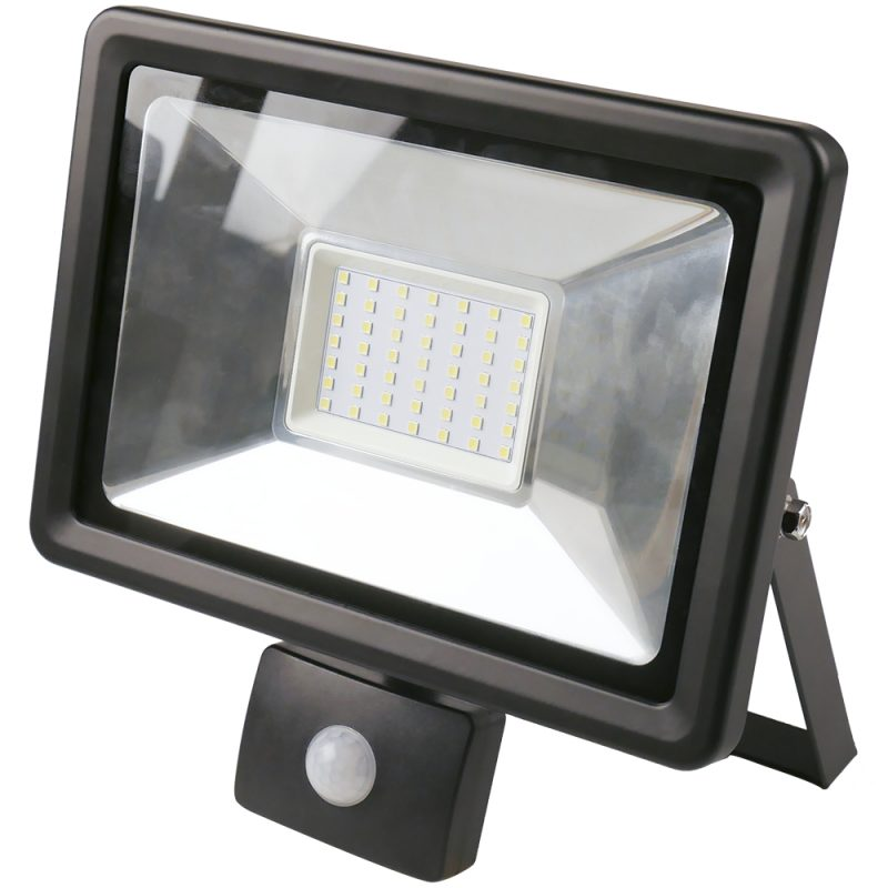 Foco LED 50W Exterior IP65 220v con Sensor Movimiento - Luz Cálida 1
